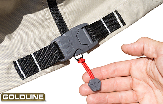Heavy duty buckle closure at the bottom of the zipper ensures the cover stays closed and in place.
