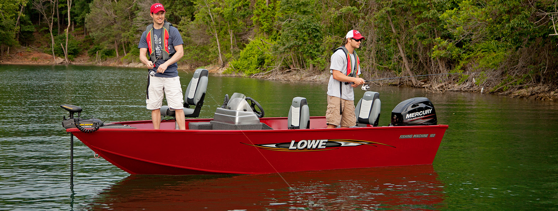 Eevelle Lowe V Hull Fishing with SIde Console